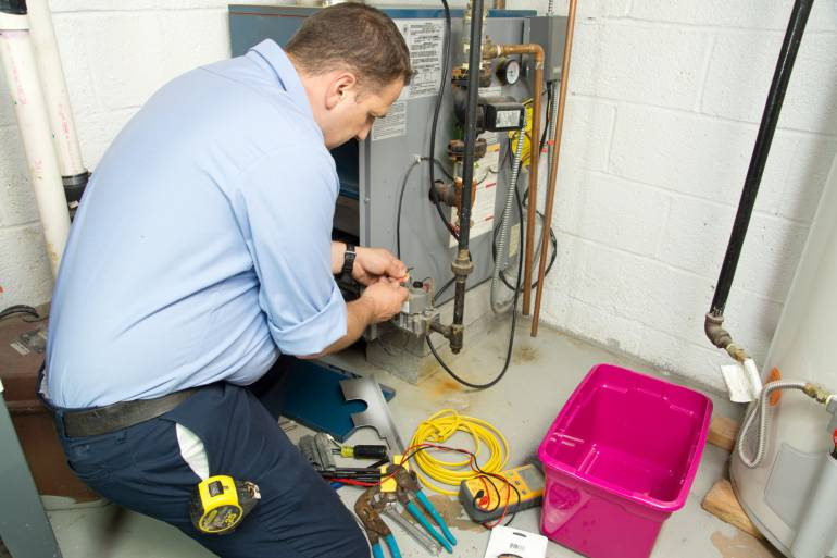 10 Tips for Finding the Best Heating and Cooling Companies in Michigan